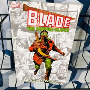 5 for $25| Blade: Black White The Vampire-Slayer